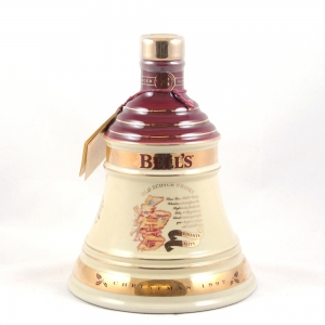 Bell's Christmas Decanter 1997 Front