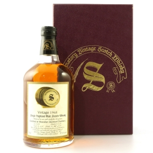 Macallan 1968 Signatory Vintage 30 Year Old Cask Strength