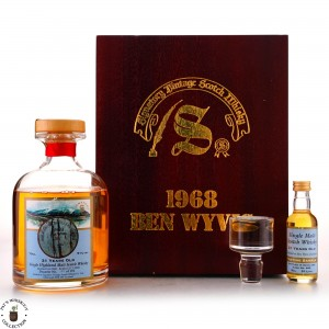 Ben Wyvis 1968 Signatory Vintage 31 Year Old Decanter Gift Pack