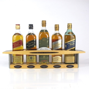 Johnnie Walker Master Blender Collection / Including Plinth and Johnnie Walker Oldest