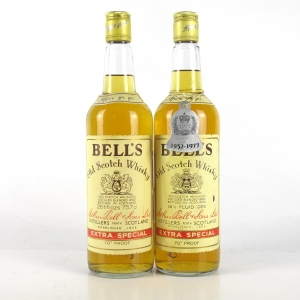 Bell's Extra Special 1970s 2 x 26 2/3 Fl Oz / Including Queen's Silver Jubilee