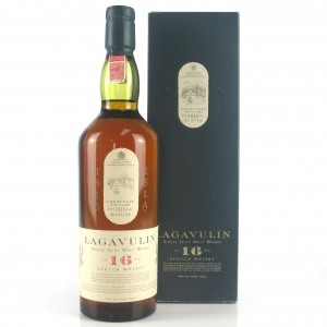 Lagavulin 16 Year Old White Horse 1980s