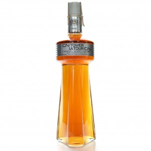 CN Tower 1981 La Tour CN Canadian Whisky 75cl