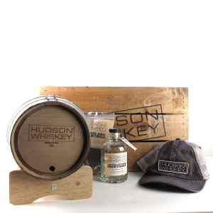 Hudson Whiskey Set in Wooden Presentation Crate