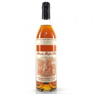 Black Maple Hill Straight Bourbon Whiskey