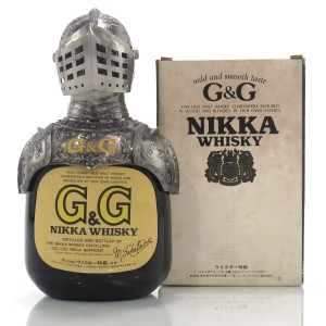Nikka Gold and Gold Taketsuru Blend 76cl / with Knight Ornament