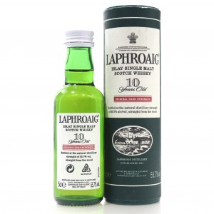 Laphroaig 10 Year Old Original Cask Strength Miniature 5cl / 55.7%