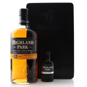 Highland Park 12 Year Old 75cl US Import Gift Pack / with Dark Origins Miniature 5cl