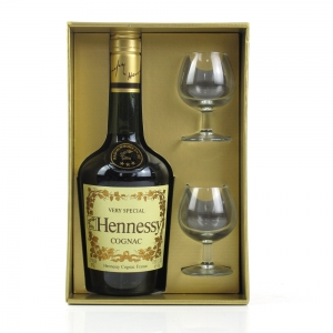 Hennessy Very Special Cognac 1970s Gift Set / Including 2 Glasses