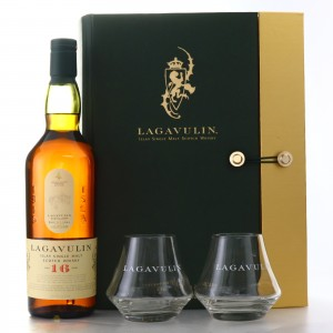 Lagavulin 16 Year Old Gift Set / Including 2 Tumblers