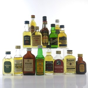 Miscellaneous Blended Miniatures x 16