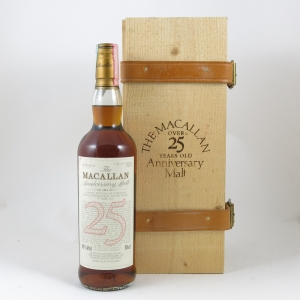 Macallan 25 Year Old Anniversary Malt Front