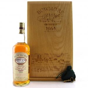 Bowmore 1964 Fino Cask 37 Year Old / US Import