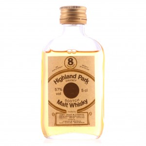 Highland Park 8 Year Old Gordon and MacPhail Miniature / 57%
