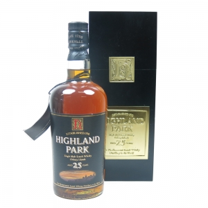 Highland Park 25 Year Old / Square Box Front