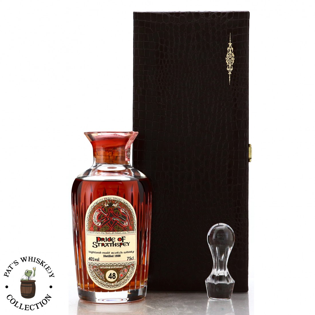 Pride of Strathspey 1938 Gordon and MacPhail 48 Year Old ' Book of Kells' Decanter