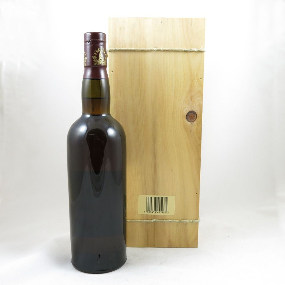 Glenmorangie 1975 Cote de Nuits Wood Finish back