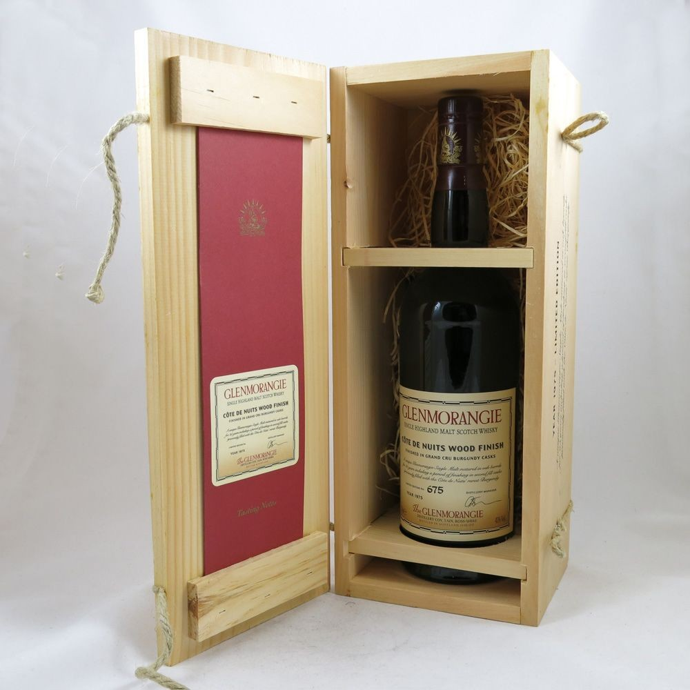 Glenmorangie 1975 Cote de Nuits Wood Finish boxed