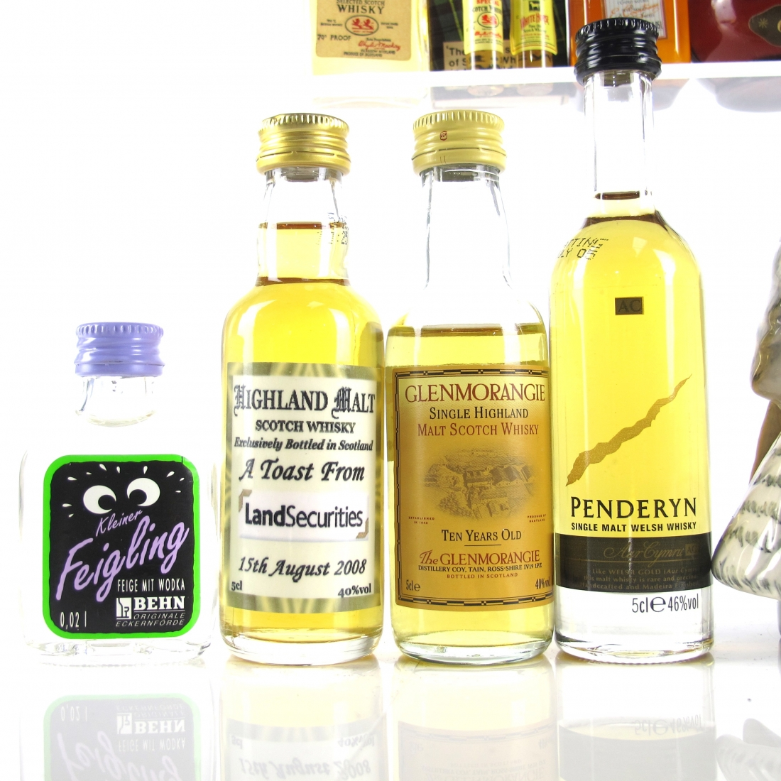Miscellaneous Miniature Selection x 16 / includes Whyte & Mackay Snowy Owl 20cl