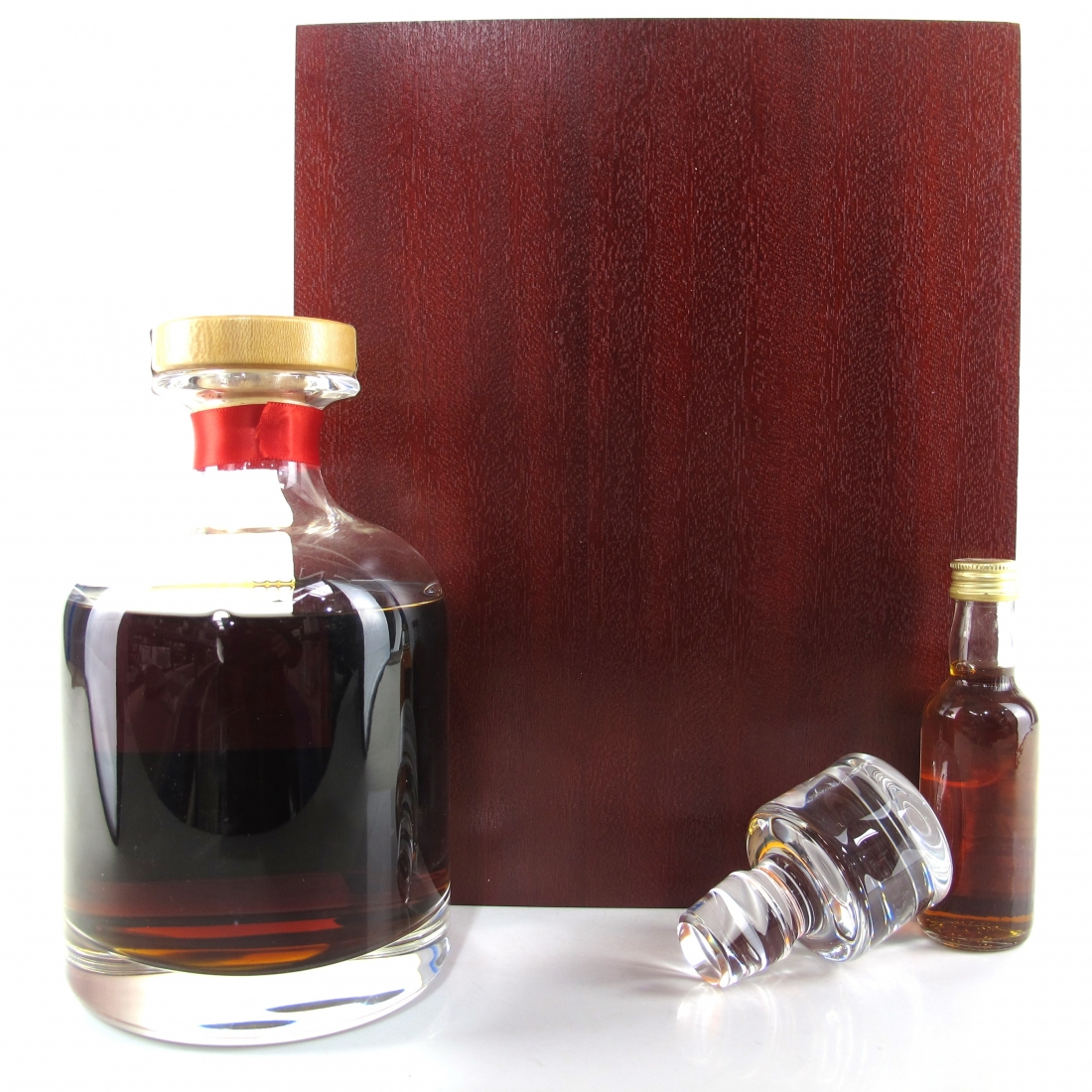 Glen Grant 1965 Signatory Vintage 34 Year Old Decanter / with Miniature 5cl