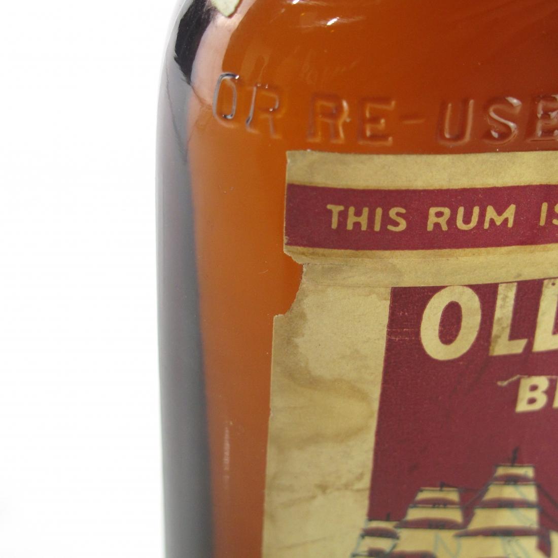 Old Spar Brand 1935 New England Rum 100 Proof Half Pint