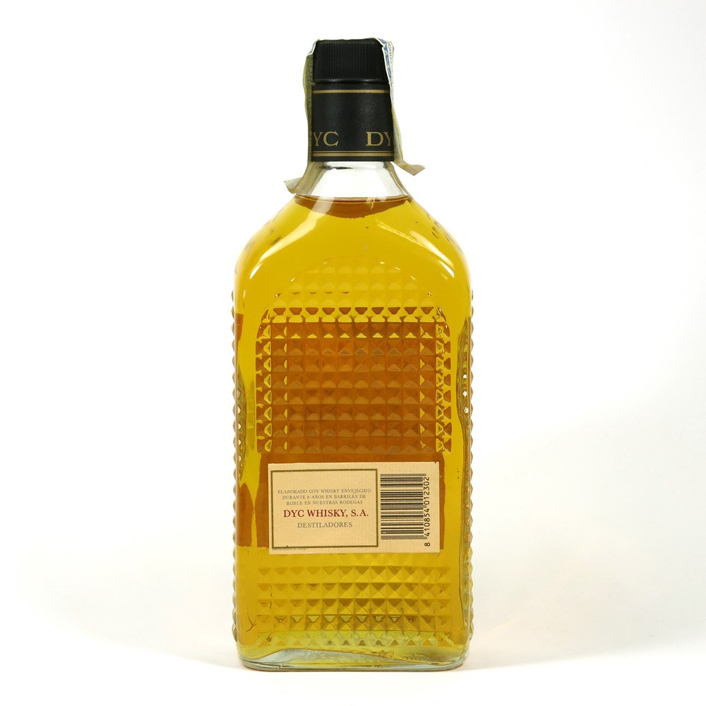 DYC Fine Blended Whisky 8 Year Old