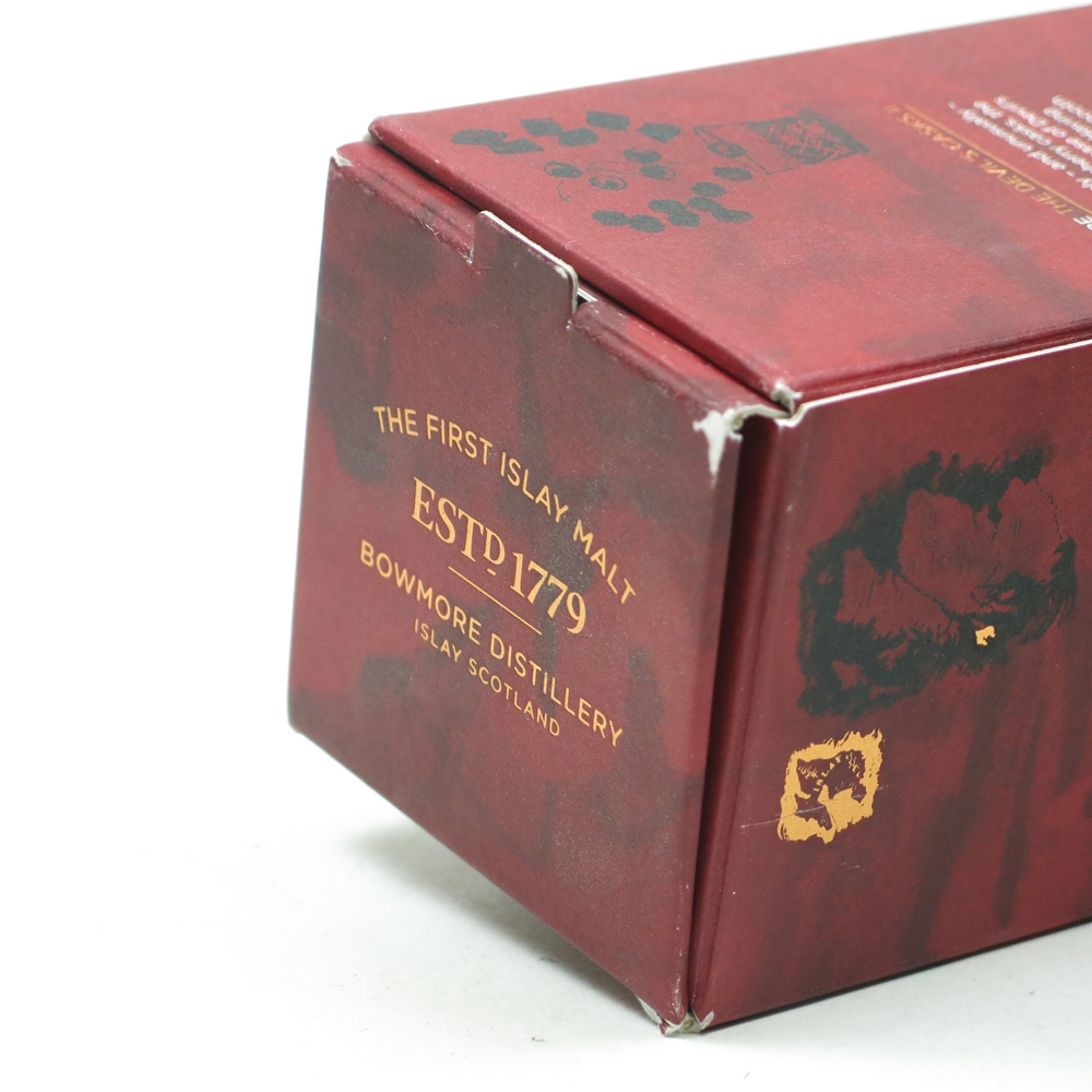 Bowmore Devil's Cask 10 Year Old Batch #2 Box