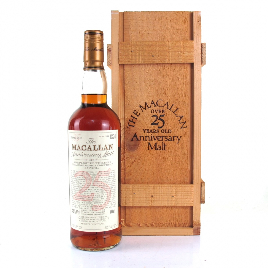 Macallan 1974 Anniversary Malt 25 Year Old