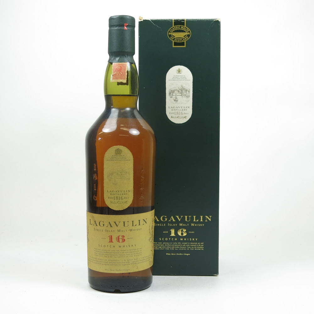 Lagavulin 16 Year Old White Horse