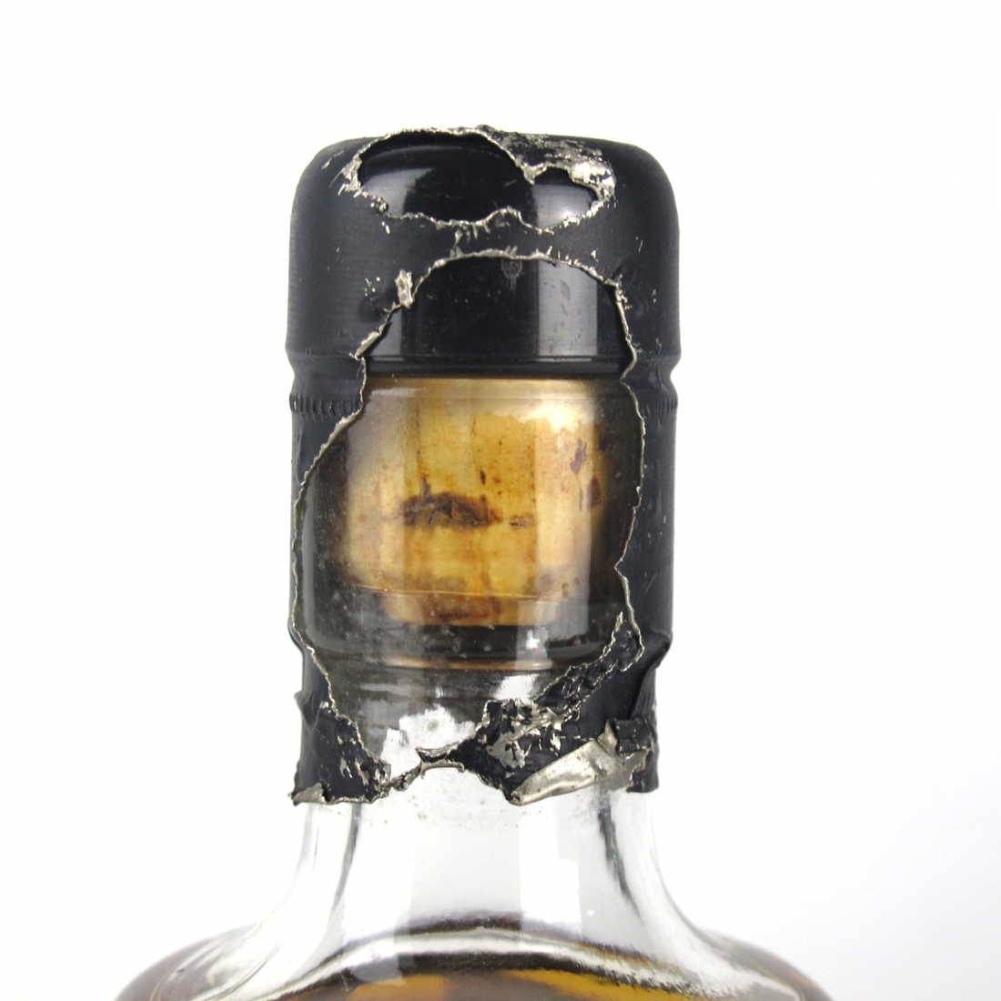 Bowmore / Largiemeanoch 1975 Whisky Connoisseur 19 Year Old