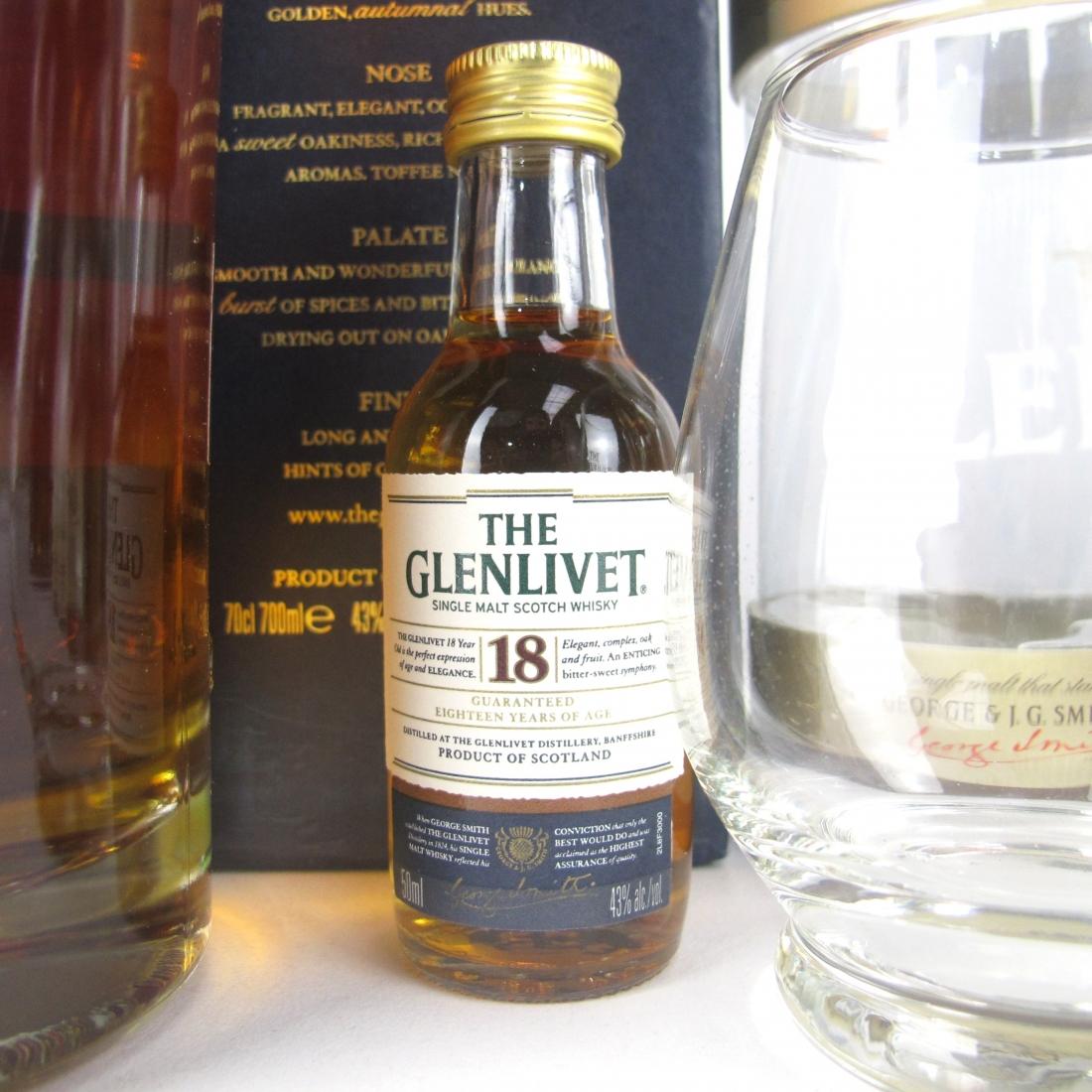 Glenlivet Selection 3 x 70cl / 4 x 5cl