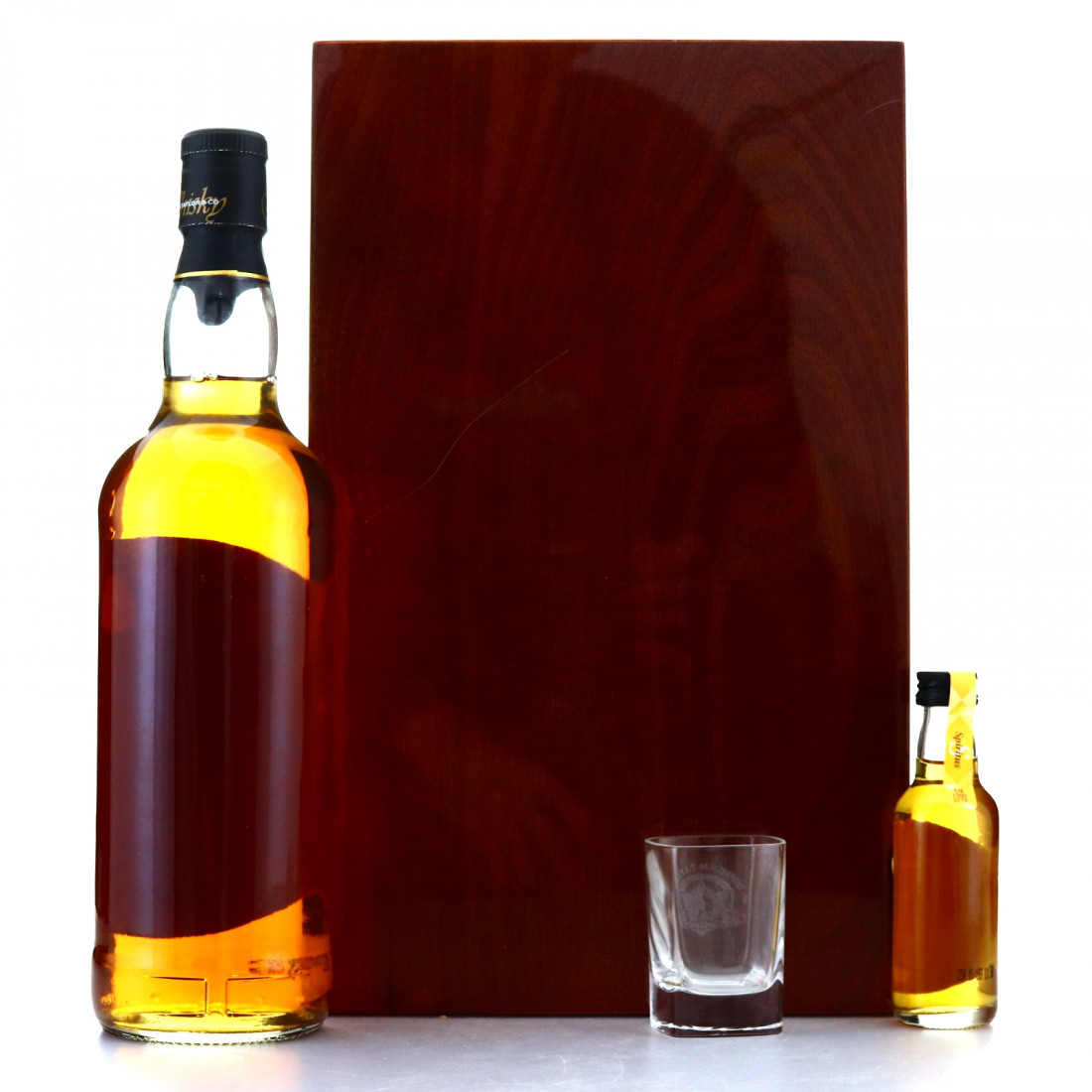 Kinclaith 1969 Duncan Taylor 36 Year Old 75cl Gift Pack