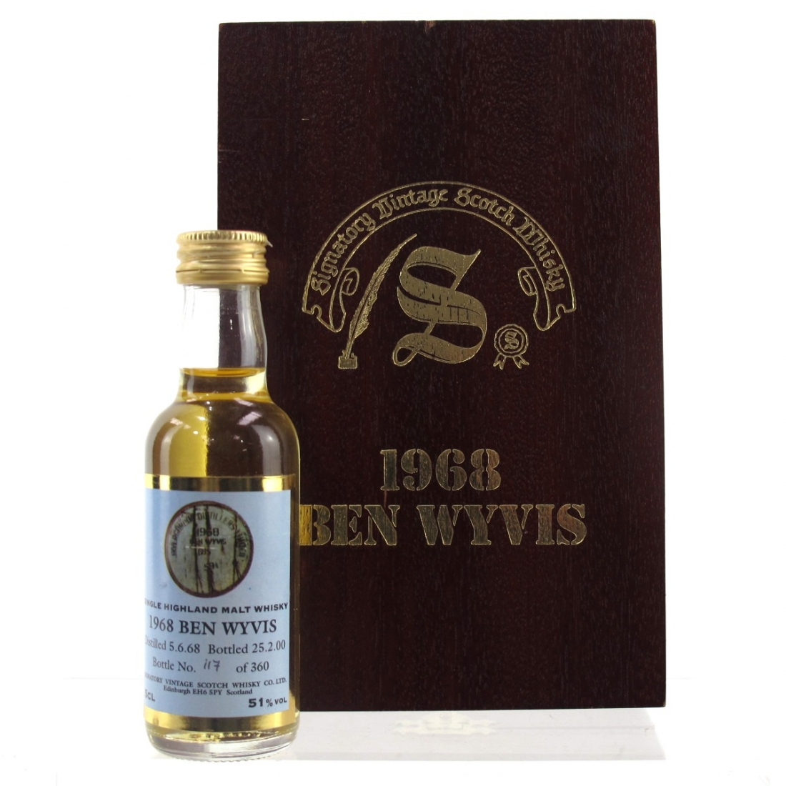 Ben Wyvis 1968 Signatory Vintage Miniature 5cl