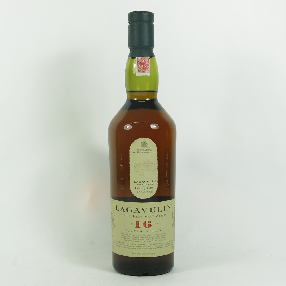 Lagavulin 16 Year Old White Horse Bottling front
