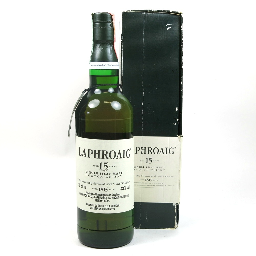 Laphroaig 15 Year Old / Pre-Royal Warrant Front