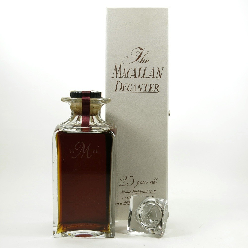 Macallan 1965 / The Macallan Decanter 25 Year Old Back