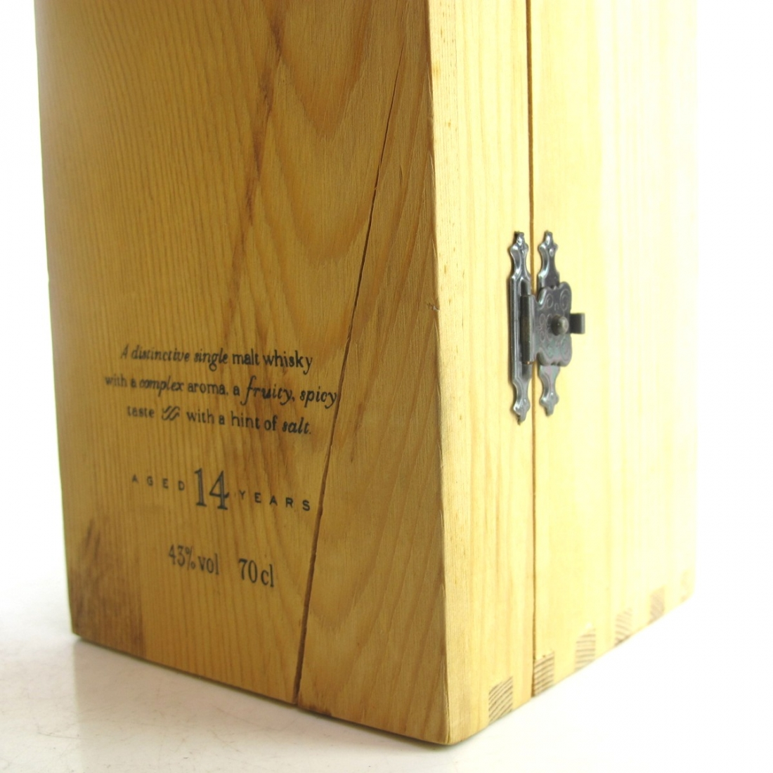 Inchgower 14 Year Old Flora and Fauna / Wooden Box and White Cap