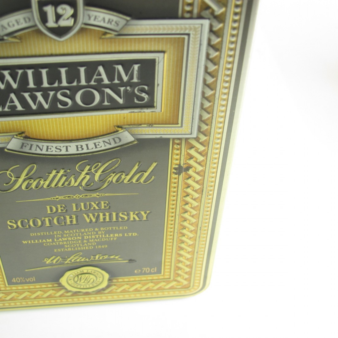 Famous Grouse 70cl & William Lawson's 12 Year Old Scottish Gold 1 Litre