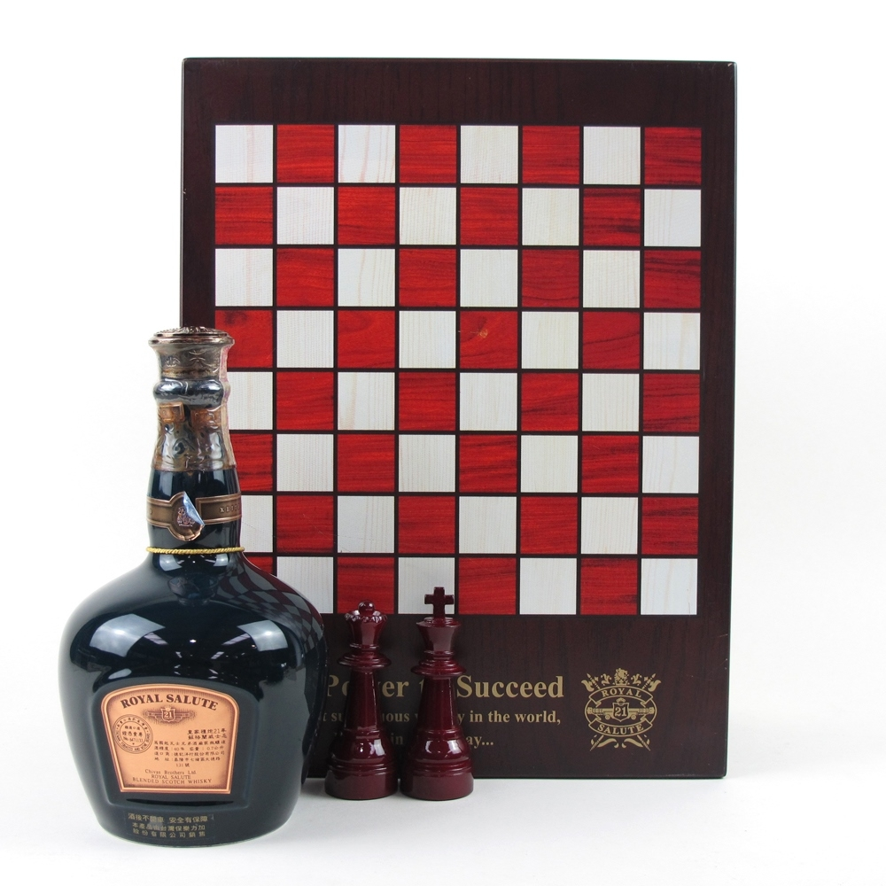 Chivas Regal 21 Year Old Royal Salute Ultimate Tribute / Blue Flagon