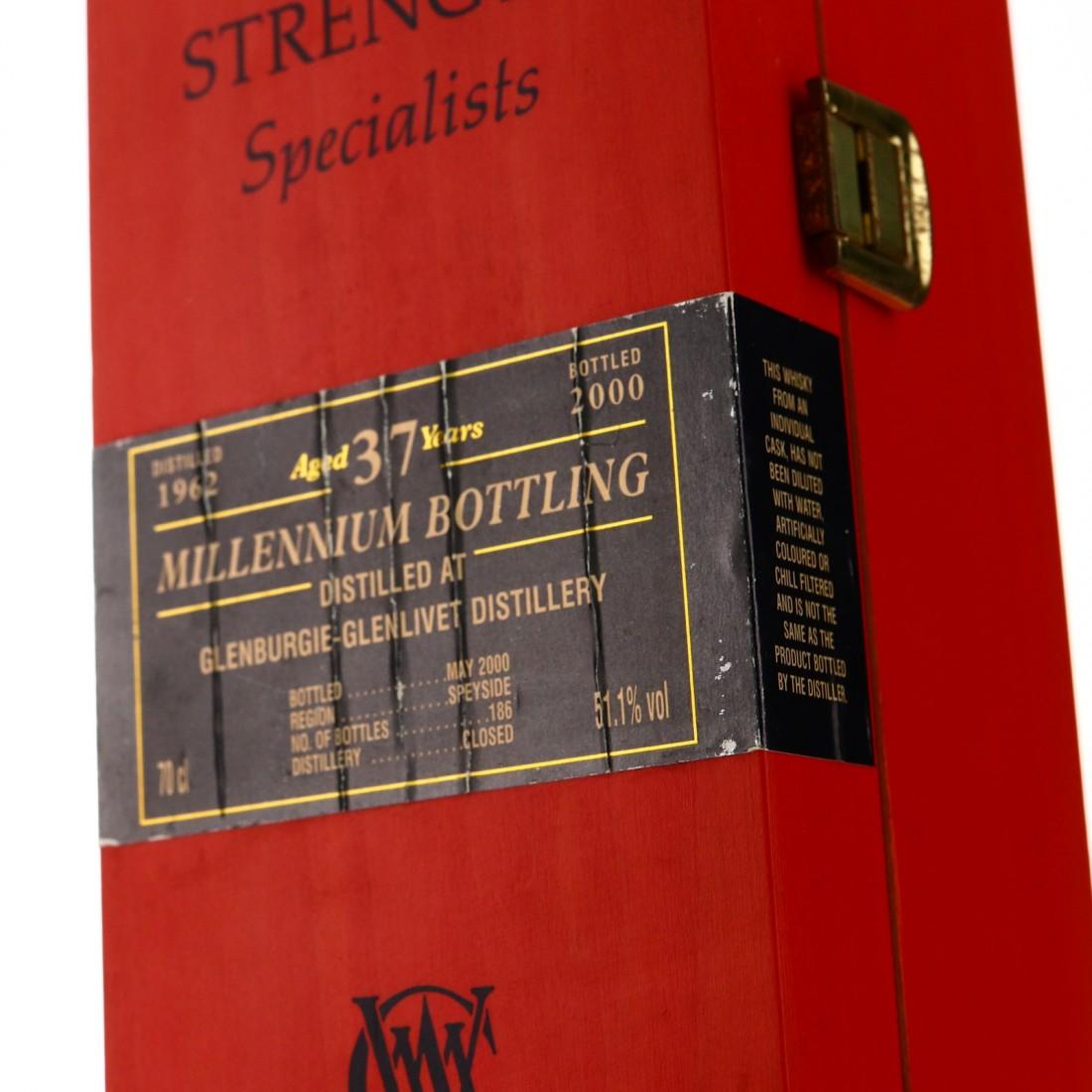 Glenburgie-Glenlivet 1962 Cadenhead's 37 Year Old / Millennium Bottling