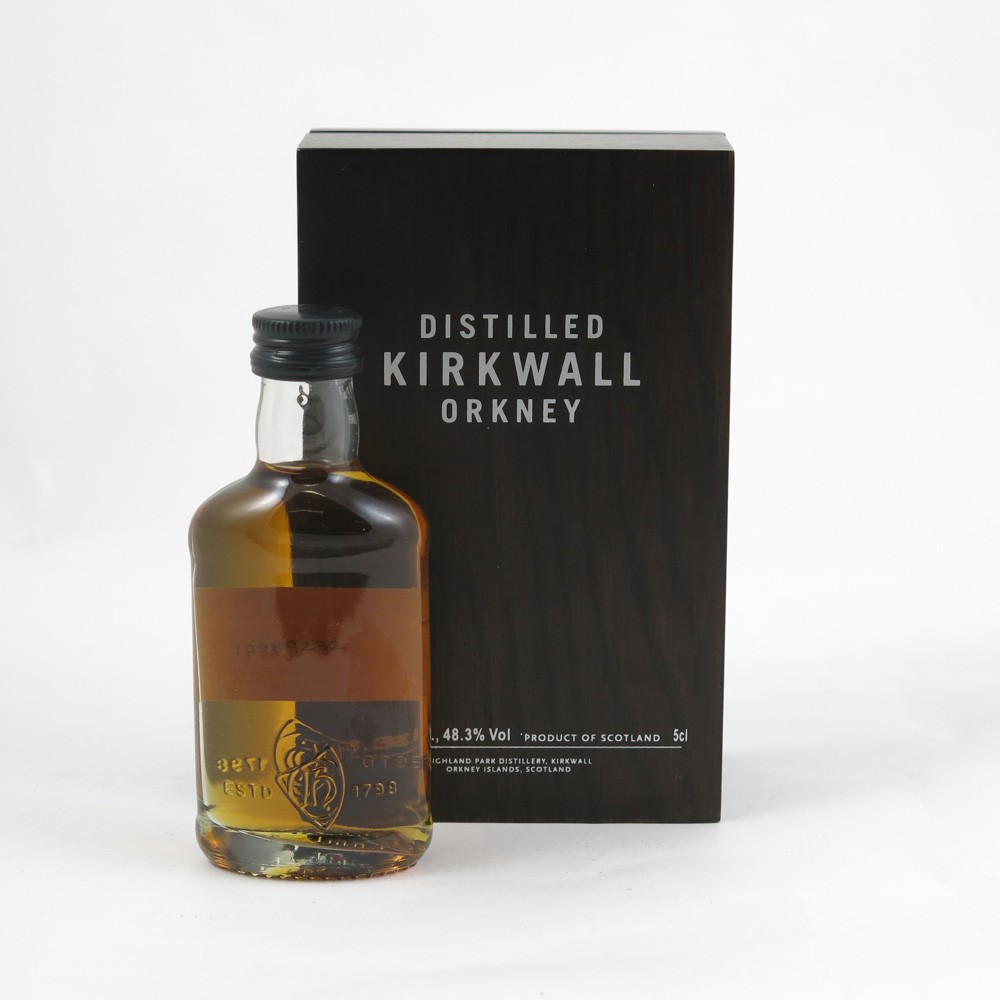 Highland Park 40 Year Old 5cl Miniature back