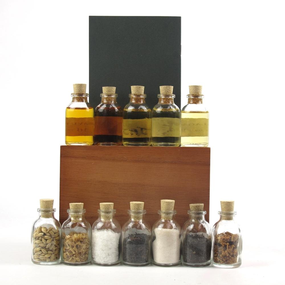 Lagavulin 200th Anniversary Tasting Companion