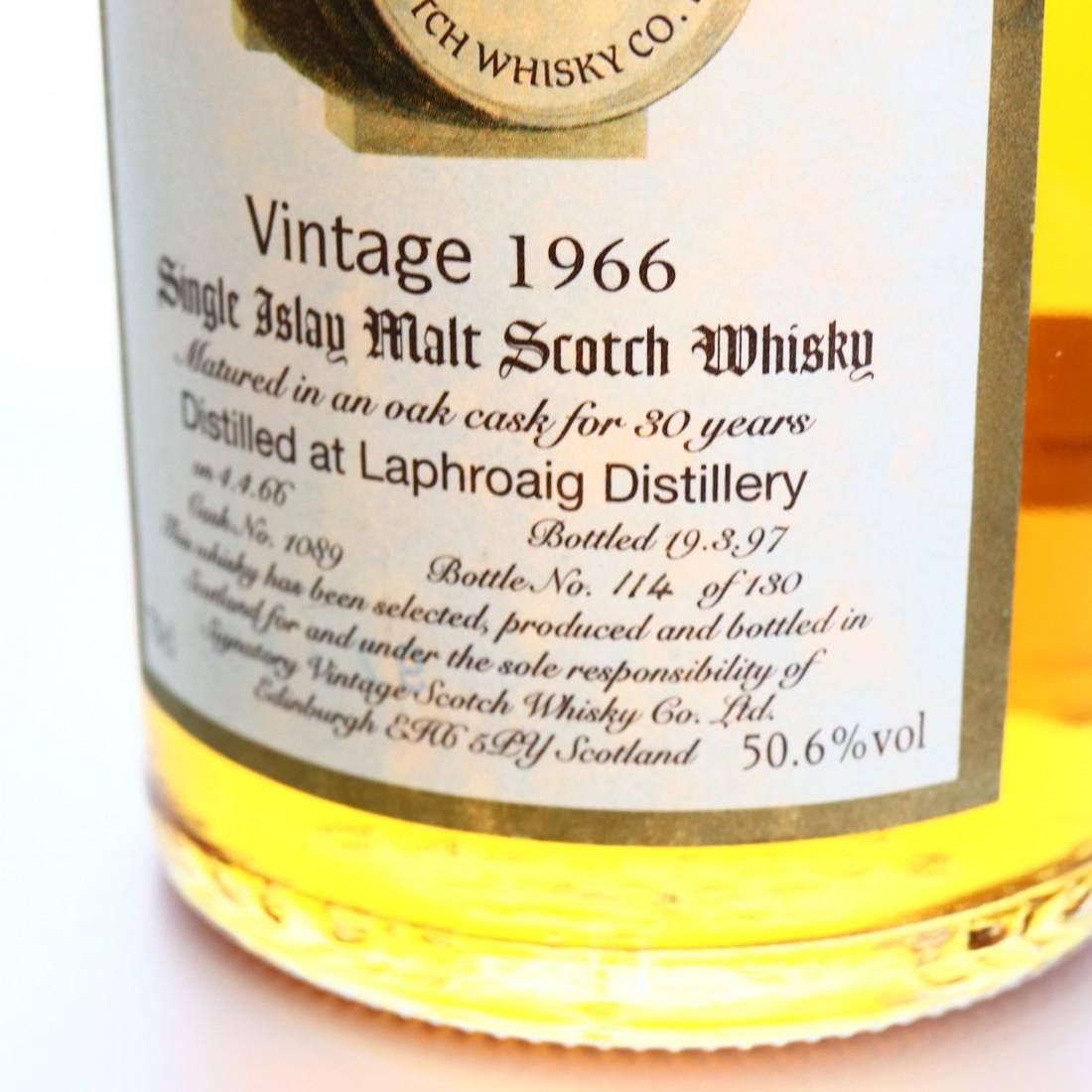 Laphroaig 1966 Signatory Vintage 30 Year Old