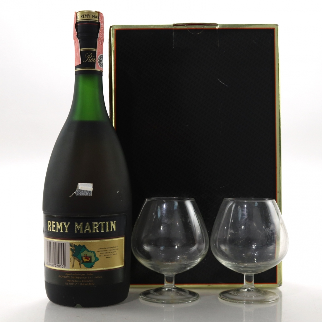 Remy Martin VSOP Cognac / with Glasses x 2