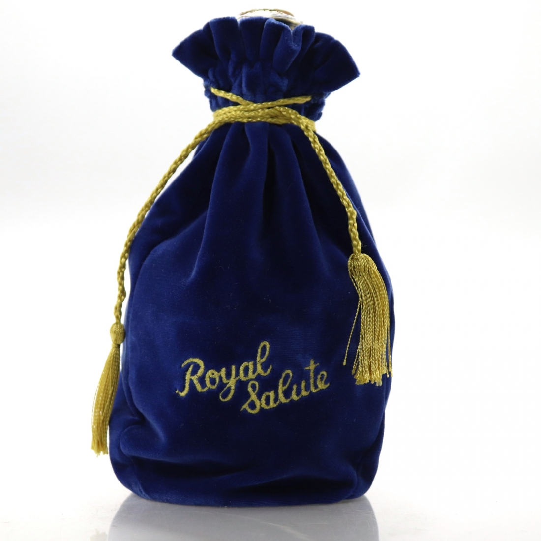 Chivas Regal Royal Salute 21 Year Old / Sapphire Flagon