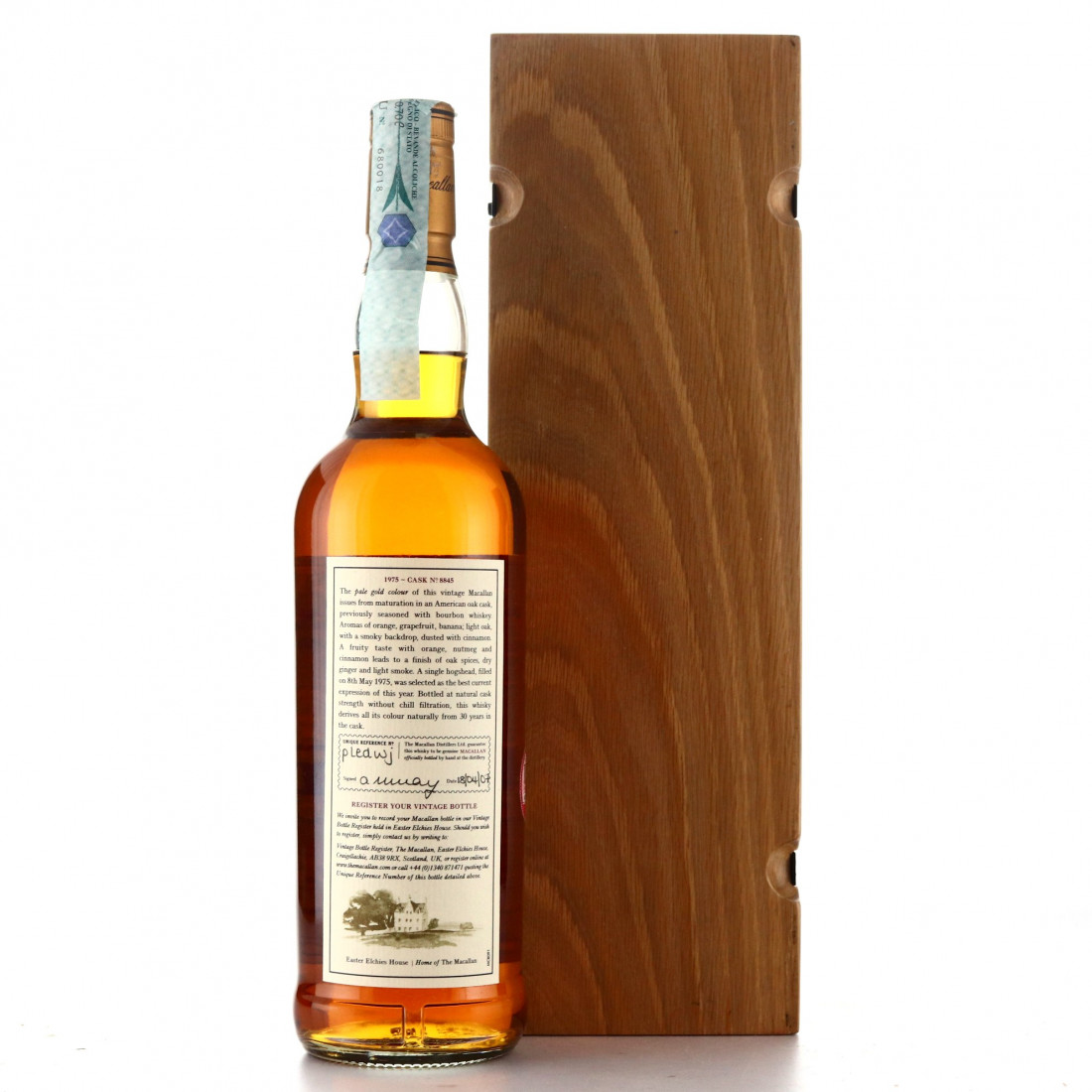 Macallan 1975 Fine and Rare 30 Year Old