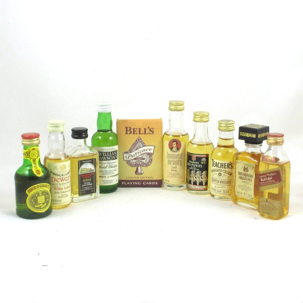 9 Miscellaneous Blended Whiskies Miniatures Front